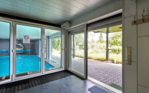 Gartenbereich Ausgang Bar/Schwimmbad