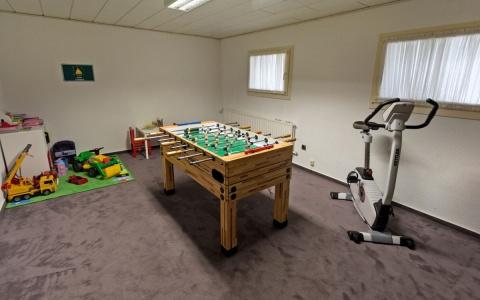 Spielzimmer: Kicker und Darts